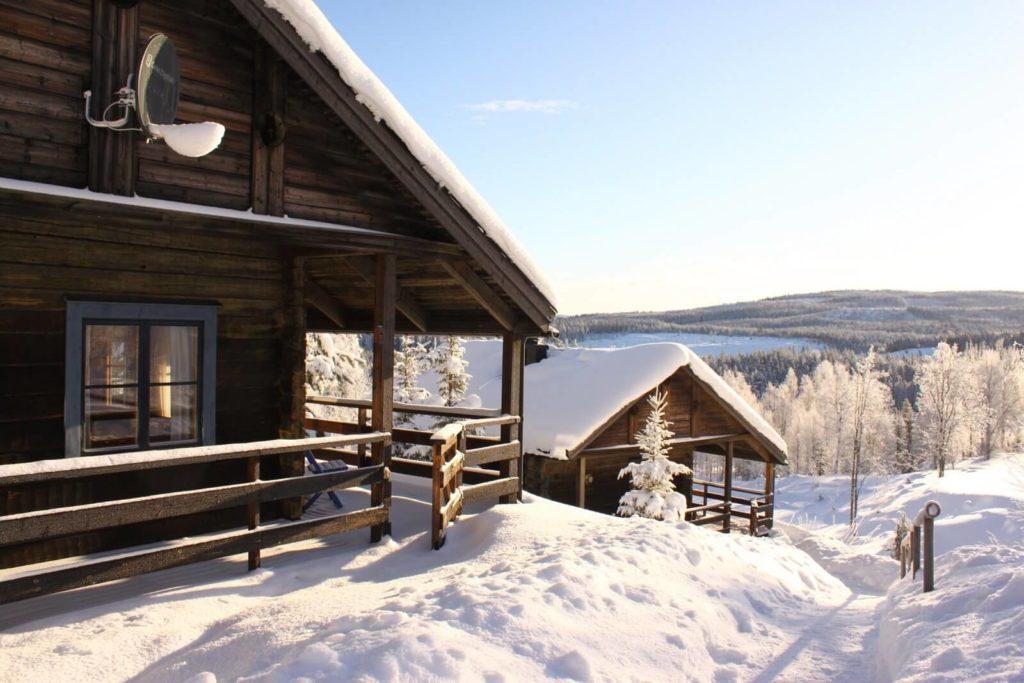 Stugor i ett vinterlandsskap