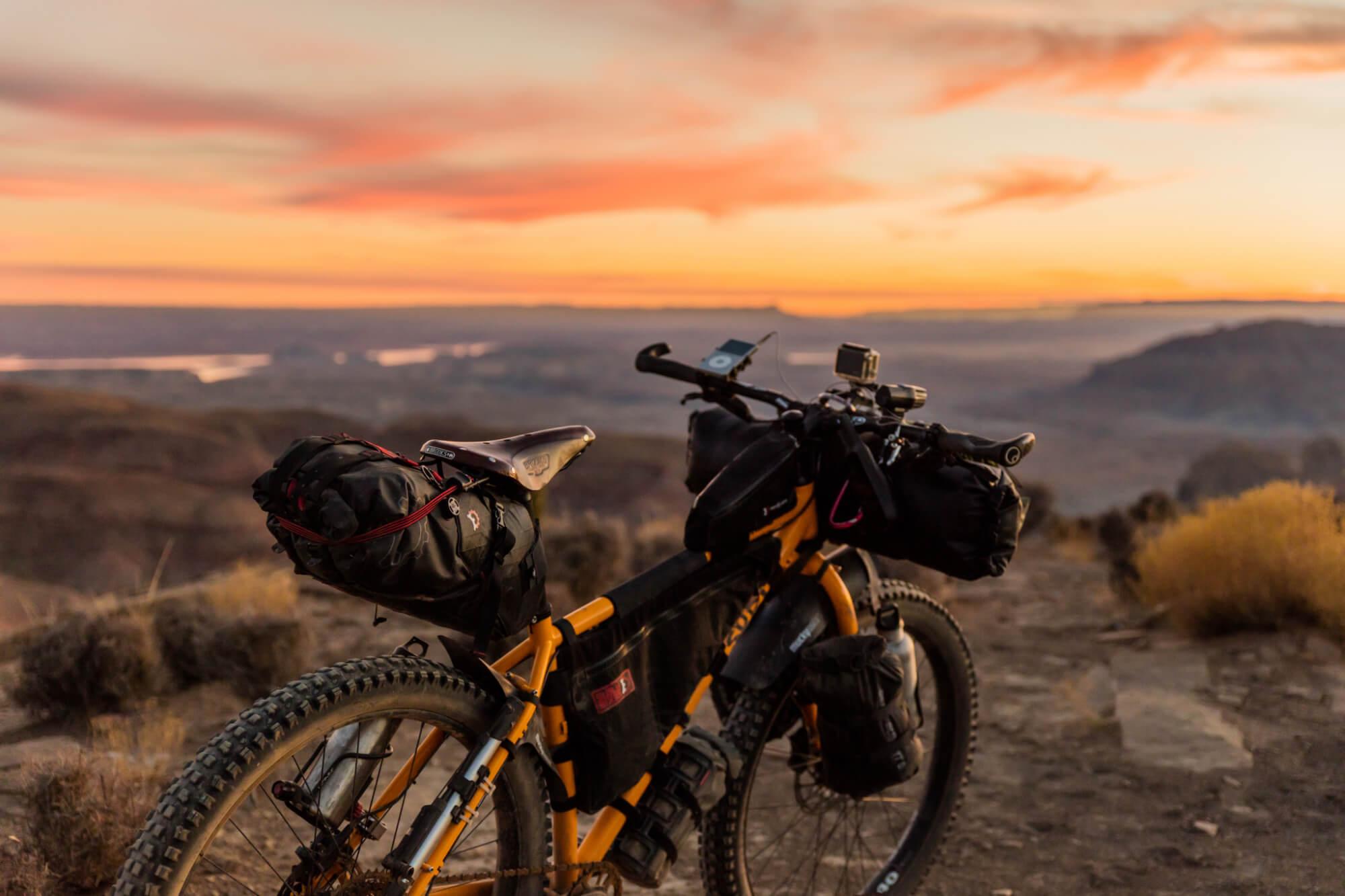 Cykel framför utsikt